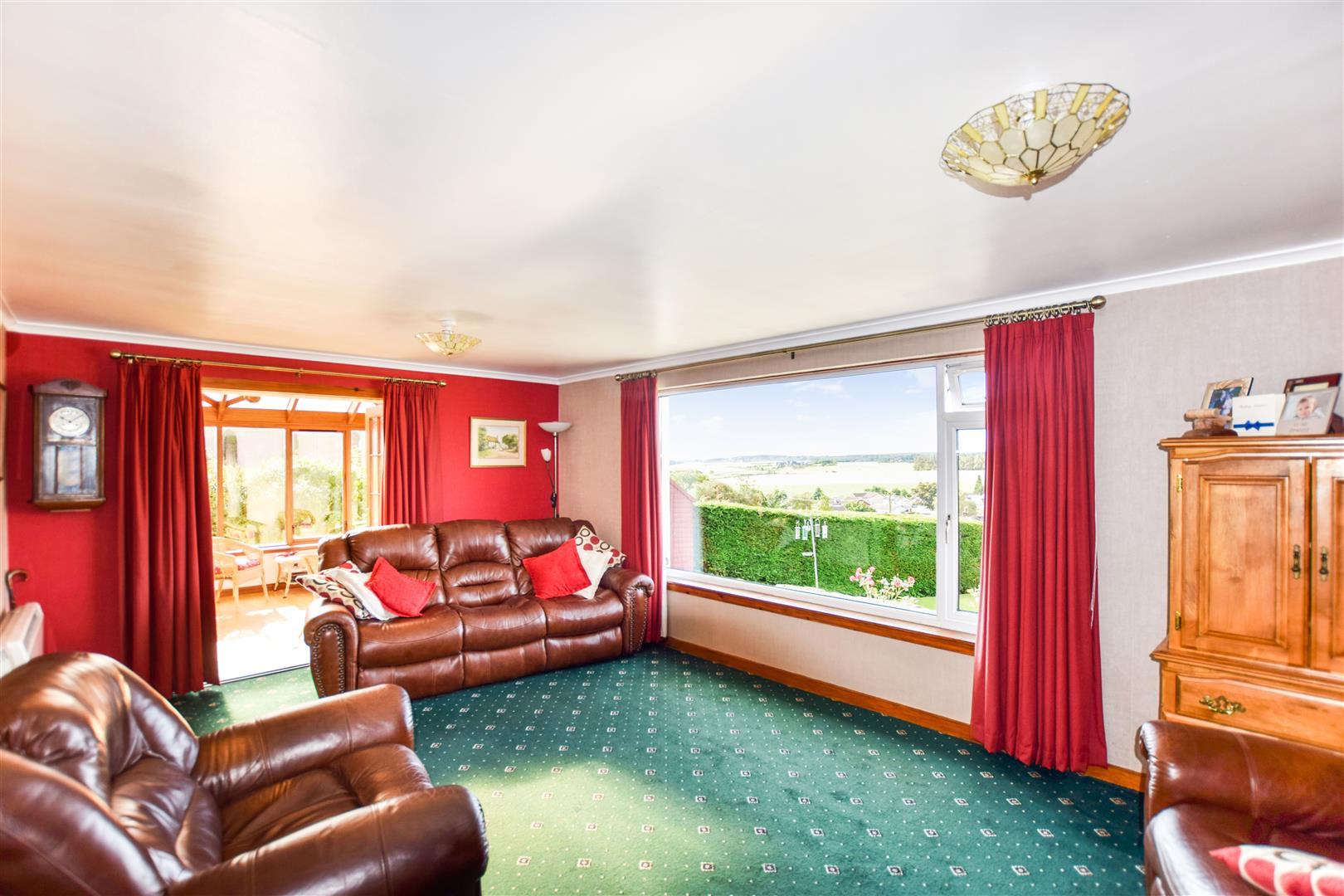 Lorneville, Highfield Place, Bankfoot, Perthshire, PH1 4AX, UK